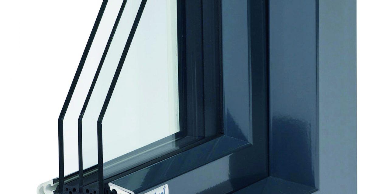 Műanyag ablak háromrétegű üveggel