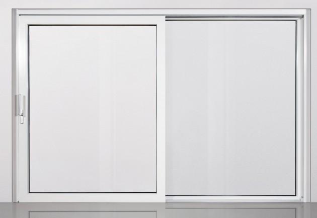 Új műanyag emelő-toló ajtó