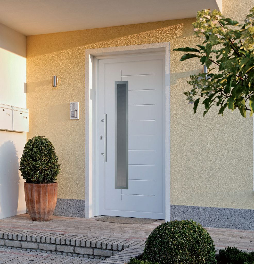 Actual bejárati ajtó